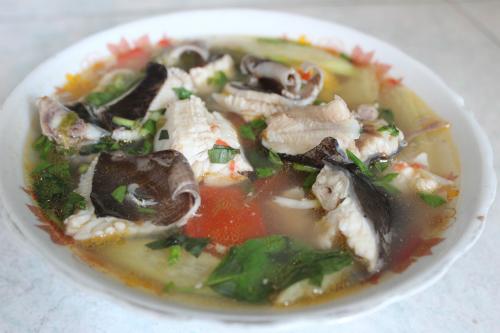 cá đuối nấu mẻ